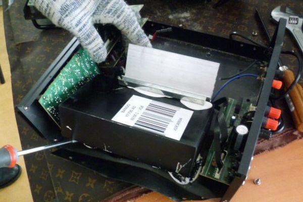 Une saisie de 18 kilos dans des amplificateurs de son, à Roissy, le 25 août 2017.