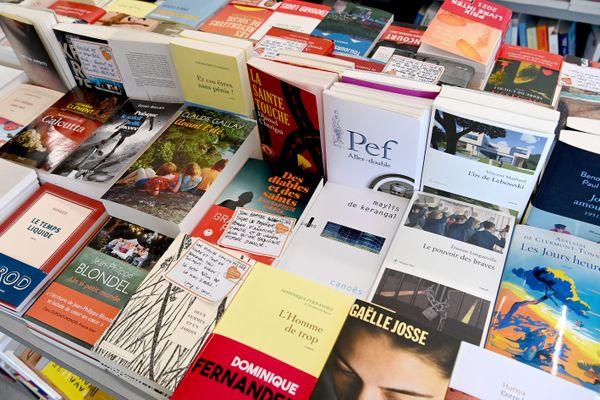 Ce 10 août marque le quarantième anniversaire de la loi Lang, qui fixe un prix unique du livre.