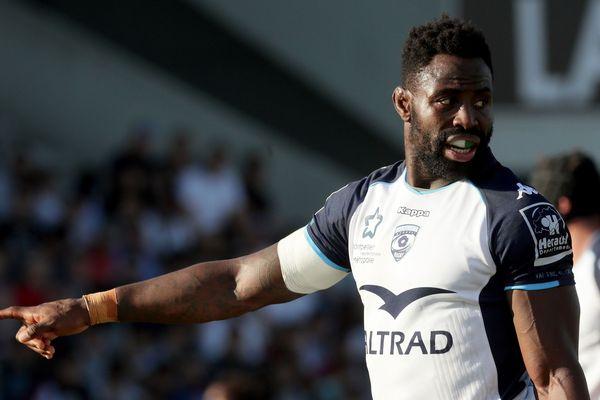 Un habitant de Neuville-aux-Bois (Loiret) a été condamné mardi à six mois de prison avec sursis par le tribunal correctionnel d'Orléans pour avoir proféré des insultes racistes visant le rugbyman international français d'origine burkinabé Fulgence Ouedraogo.