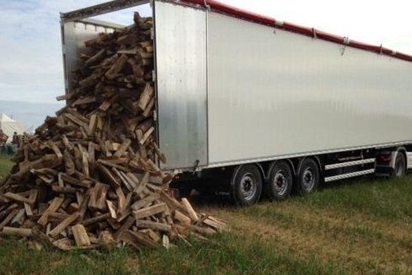 Du bois pour les feux de camp
