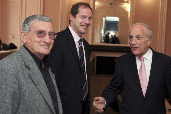 Le journaliste Pierre Cangioni avec Christian Prudhomme et Dominique Bucchini à Ajaccio, le 6 décembre 2011 departments of mainland France, since its inception in 1903.
