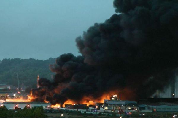 L'incendie de l'usine chimique Lubrizol le 26 septembre 2019