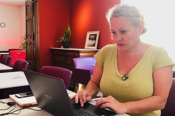 Nadine Cam note une reprise des réservations dans son hôtel pour juillet et août.