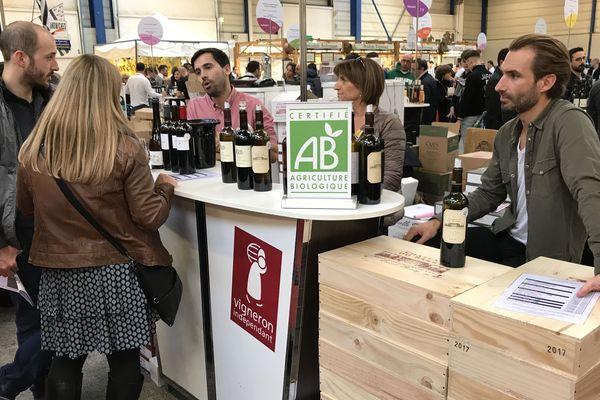 A Reims, le salon des vins accueillent cette année 76 vignerons bio sur 335, un chiffre en progression.