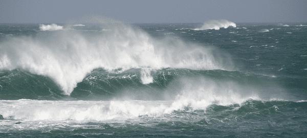Forte houle sur l'Océan Atlantique (archive)