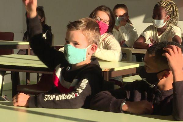 Dans une classe du collège de Saint-Benoit, près de Poitiers, le 1er septembre 2021.