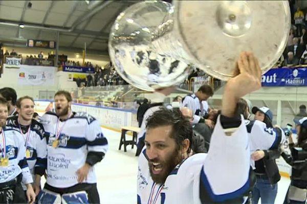Gap vainqueur de la Ligue Magnus 2017 face à Rouen