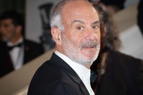 Gérard Miller prépare un film-documentaire sur le confinement et la psychanalyse.