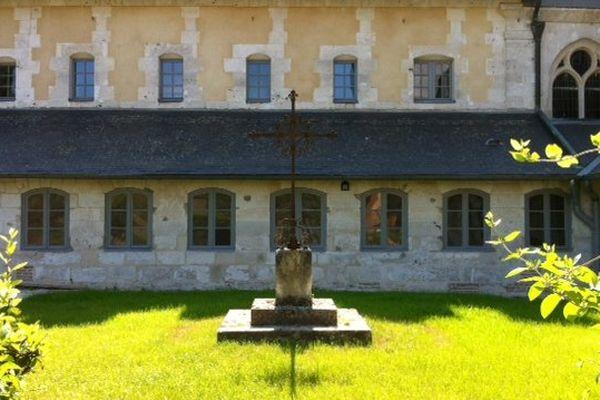 L'extérieur du couvent des Gravelines
