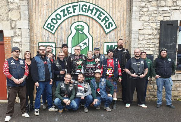 "Le  ""Boozefighters mc North East 176 Mécrin"" en 2019."