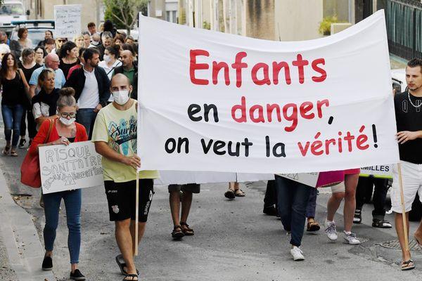 Conques-sur-Orbiel (Aude) - manifestation contre la pollution des sols à l'arsenic - septembre 2019.