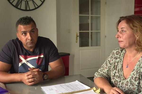 Florence et Ahmed sont mariés depuis bientôt deux ans. Mais, sous le coup d'une obligation de quitter le territoire français, Ahmed craint d'être séparé de sa femme.
