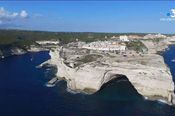 16 millions d'euros sont nécessaires pour restaurer le patrimoine de la ville de Bonifacio (Corse du Sud)