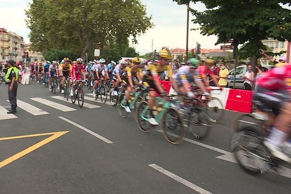 Parti en 2020 de Nice, le Tour de France dans son édition 2022 ne fera qu'une escale en région Sud PACA, à Briançon.