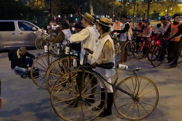 Les vélocipèdistes au départ de Paris