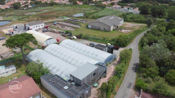 la ferme de spiruline de Hugo Baudet à La Plaine-sur-Mer