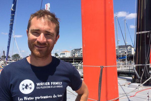 A trente ans , Benjamin Dutreux fait tout pour être au départ du Vendée Globe, le 8 novembre prochain