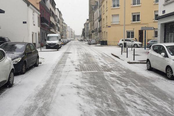 Lorient : rue verglacée ce jeudi matin