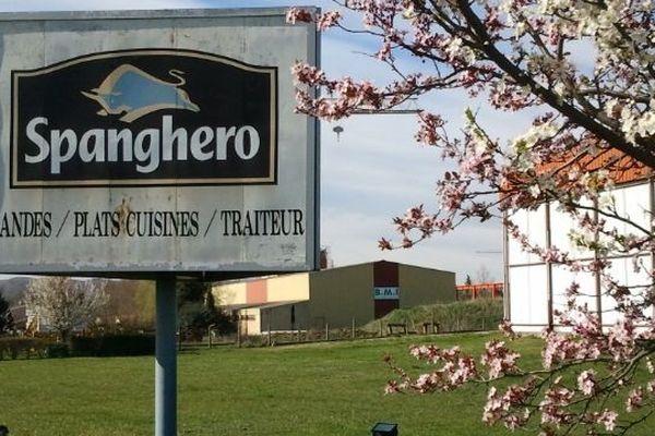 Devant chez Spanghero à Castelnaudary le 19 mars 2013