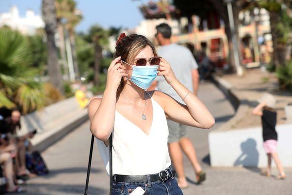 Le masque est de nouveau obligatoire en extérieur dans le Gard à compter de ce vendredi 13 août.