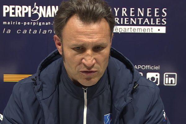 A Aurillac, le bilan est mitigé pour le premier match de Roméo Gontineac en tant qu'entraîneur du Stade Aurillacois après la défaite face à Perpignan 38 à 15.