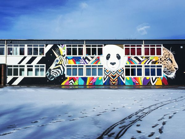 """Fresque """"Wild school"""", Ecole des Trois Fontaines à Reims."""