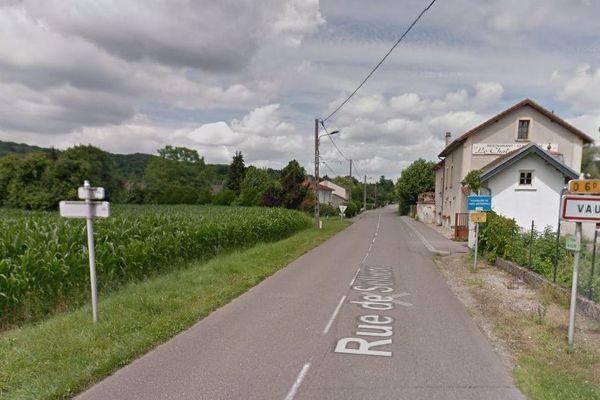 L'entrée du village de Vaux, en Moselle.