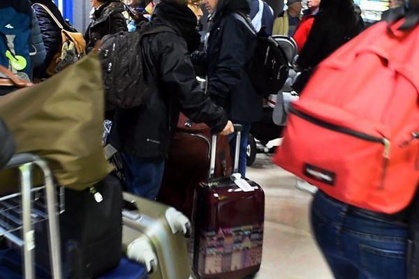Une certaine confusion règne à l'aéroport