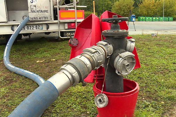 Chaque jour depuis jeudi dernier, l'agglomération de Montbéliard fournit 400 mètres cube d'eau à Héricourt.