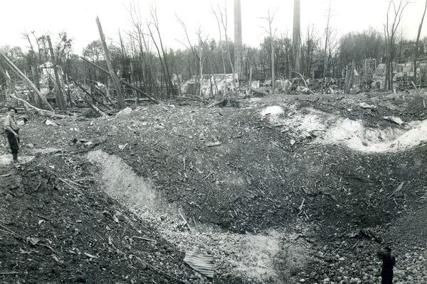 Explosion de la poudrerie du Ripault (1943)