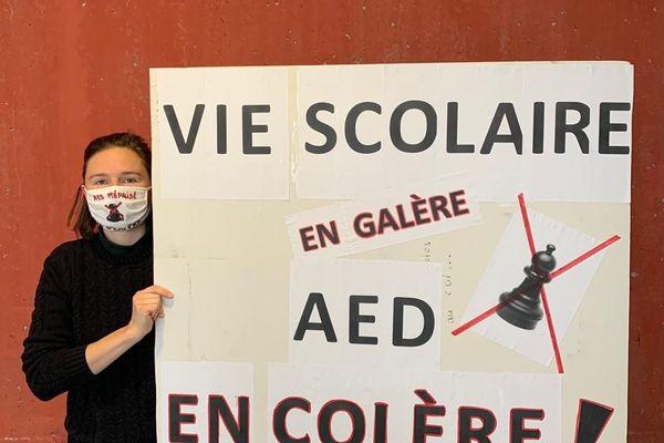 """Drôme : les Assistants d'Education (AED) ne veulent plus être """"les oubliés de l'éducation nationale""""..."""