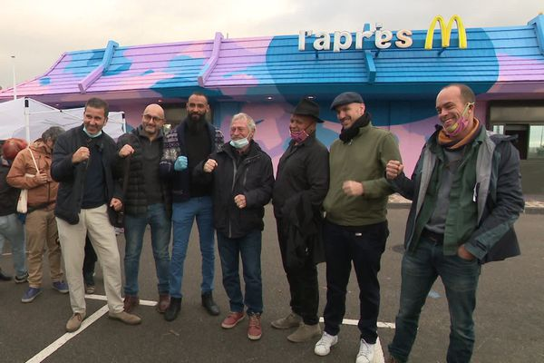 José Bové a fait le déplacement samedi dernier pour le lancement du fast-food solidaire.