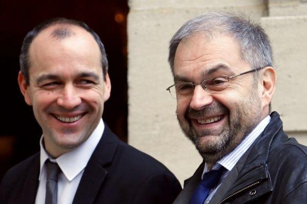 Laurent Berger (à gauche) succède à François Chérèque
