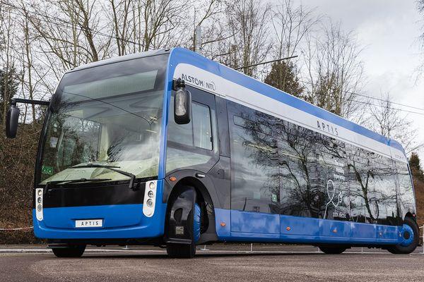 100% électrique, le bus Aptis est testé sur la ligne 10 du réseau de la CTS (Compagnie des Transports Strasbourgeois).