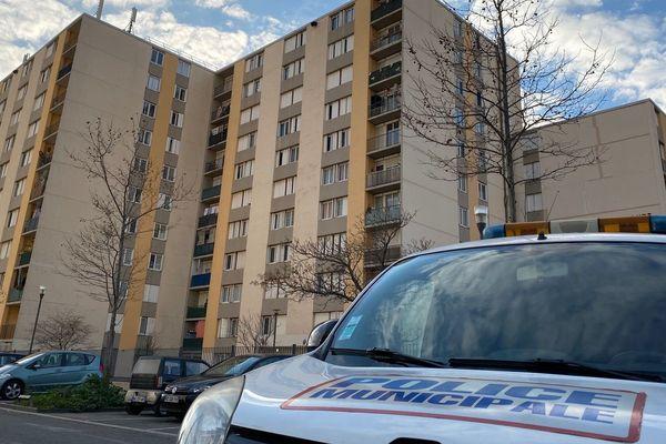 16/01/2020. Miramas (Bouches-du-Rhône), des tirs d'arme à feu pour la deuxième fois dans le quartier Mercure.