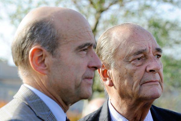 Le couple Juppé-Chirac, lors d'une visite de l'ancien Président de la république Jacques Chirac en 2009 au maire de Bordeaux Alain Juppé.