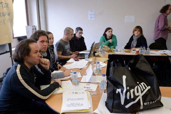 Une réunion syndicale au siège de Virgin le 7 janvier