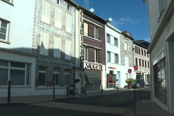 C'est ici qu'a eu lieu l'arrestation du principal accusé de 73 ans et d'une femme à Bort-les-Orgues en Corrèze, mardi 12 octobre 2021.