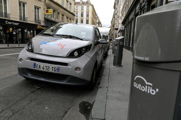 BlueLy c'est fini à Lyon.