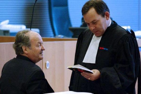 Seul prévenu du procès de l'OTS, le chef d'orchestre Michel Tabachnik (à gauche sur l'image) a été relaxé.