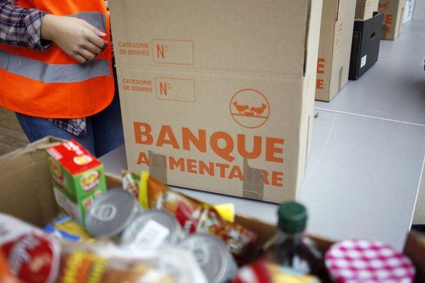 Les banques alimentaires en France vont fêter leurs 35 ans d'existence. C'est le cas aussi de celle de Clermont-Ferrand. L'occasion de constater que les demandeurs augmentent mais les produits manquent pour les associations bénéficiaires.