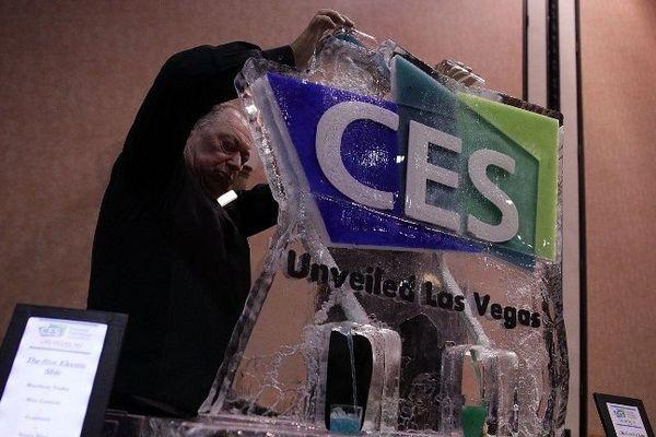Le CES (Consumer Electronic Show) est un salon spécialisé dans les innovations numériques et électroniques qui se tient tous les ans à Las Vegas, aux Etats-Unis.