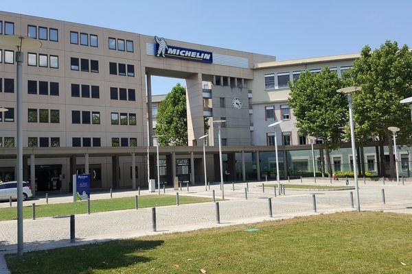 Le fabricant français de pneumatiques Michelin a publié mardi 25 juillet un bénéfice net de 863 millions d'euros à l'issue du premier semestre, en nette hausse de 12%, et a confirmé ses objectifs pour 2017 et sa feuille de route pour 2020.