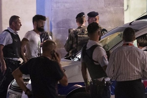 L'homme interpellé ce samedi en gare de Nîmes samedi soir, muni d'une arme factice, présenté ce lundi au parquet - 21 août 2017