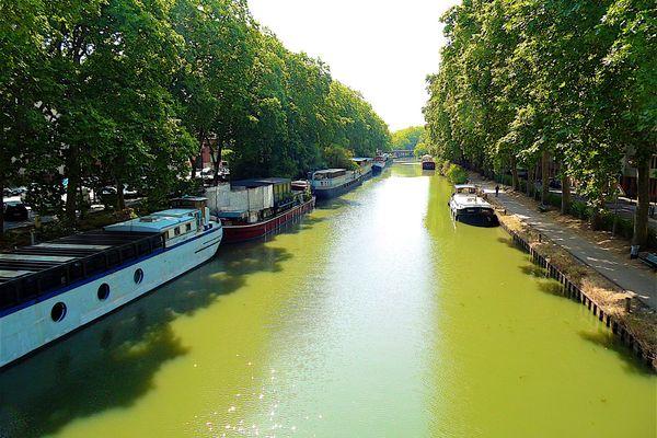Les voies navigables de France font un Appel à manifestation d'intérêt pour déployer une activité de transport fluvial sur le canal du midi et traverser le centre ville de Toulouse.