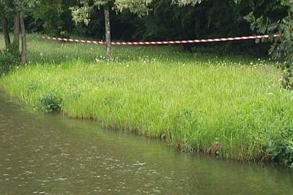 Le corps d'Alicia Caeiro a été retrouvé par un pêcheur dans l'étang de Fontaine Couverte, à Givry, vendredi 1er aout 2014.