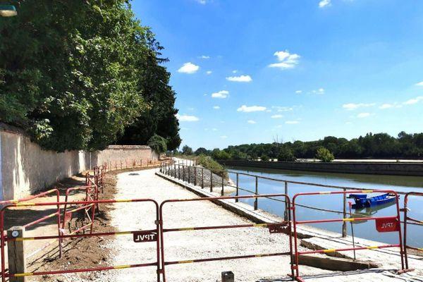 Les derniers travaux sur l'itinéraire de la Loire à vélo entre Orléans et Saint-Jean-de-Braye (Loiret)