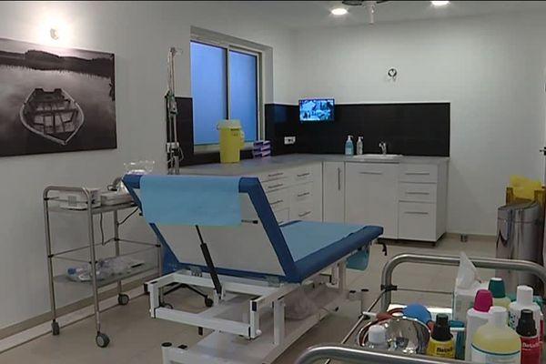 Dans l'une des salles de la maison médicale