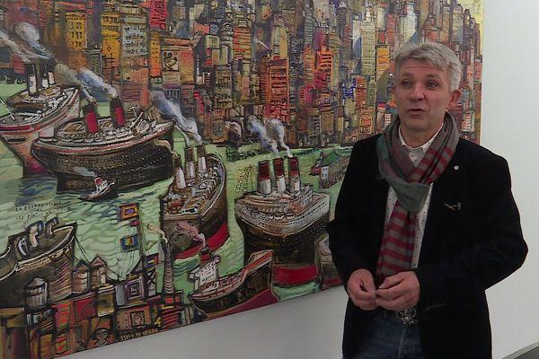 New-York : le peintre Ronel à côté d'une de ses grandes toiles exposées au centre d'art contemporain de la Matmut de Saint-Pierre de Varengeville (Seine-Maritime)