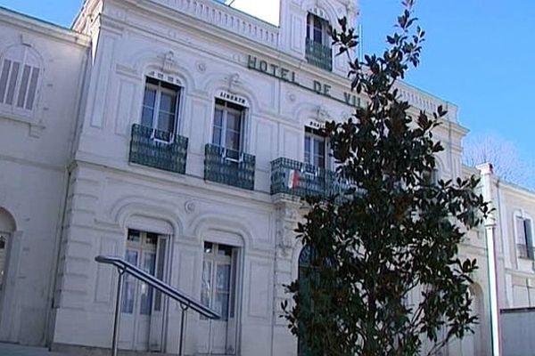 Lunel (Hérault) - la mairie - 2014.